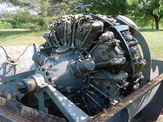 picture of Curtiss Wright R-3350 Cyclone 18 cylinder radial 3342 Cubic inch  +/- 4000hp at 3300rpm  7300 ft lbs torque